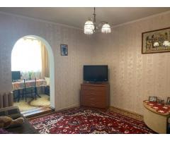 Уютная двухкомнатная квартира на проспекте Острякова