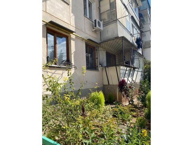 Продаётся 3-к. квартира, 58 м², 1/5 эт. - 1/4