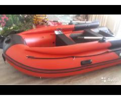 Продам моторную лодку: gladiator С370 AL FB