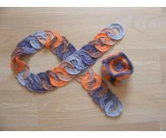 Комплект из шарфа и шапочки